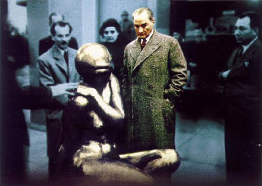 Ataturk_ve_Heykel_by_ataturk_gencligi ATATÜRK'ÜN SANAT HAKKINDA GÖRÜŞLERİ