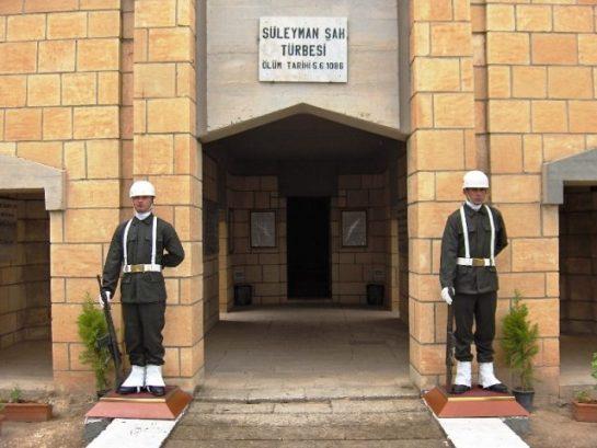 Süleyman Şah ve Emanetleri Güvenli Bölgeye Getirildi